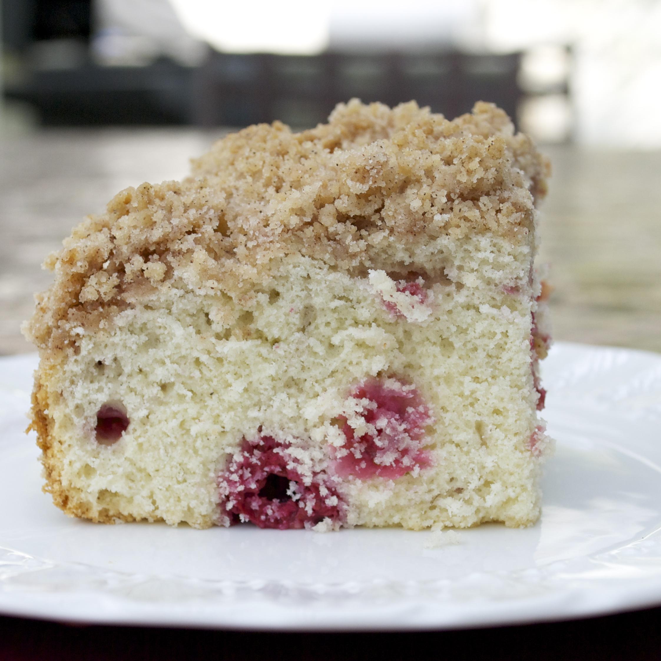 Raspberry streusel coffee cake mama 39 s gotta bake - Coffee cake recipes ...