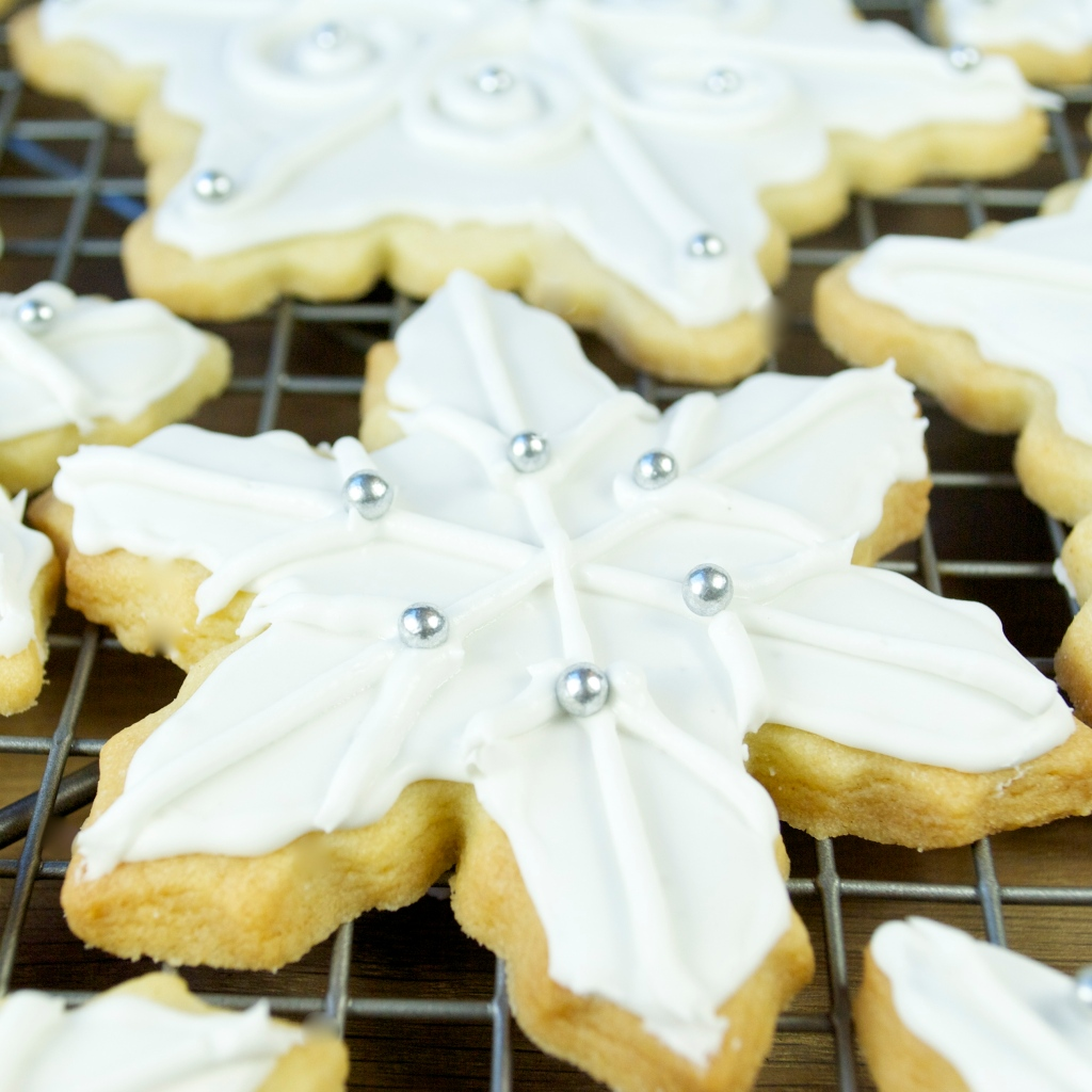 Snowflake Sugar Cookies with Royal Icing