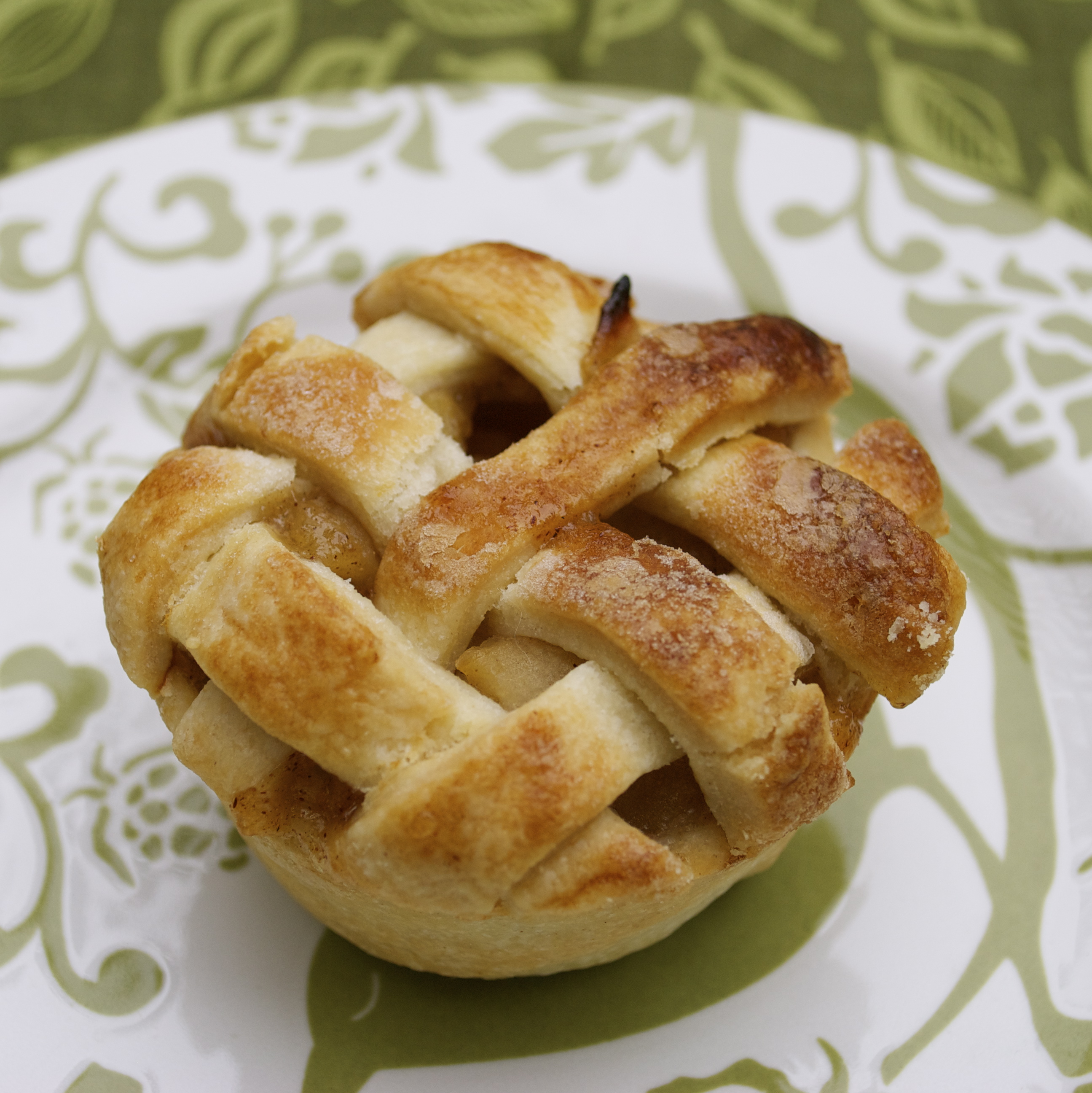 Tips For Make Mini Apple Pies: You will want to use a regular muffin/cupcake pan to make these, NOT a mini cupcake pan. You could use homemade pie crust if desired, but I use pre-made for these.