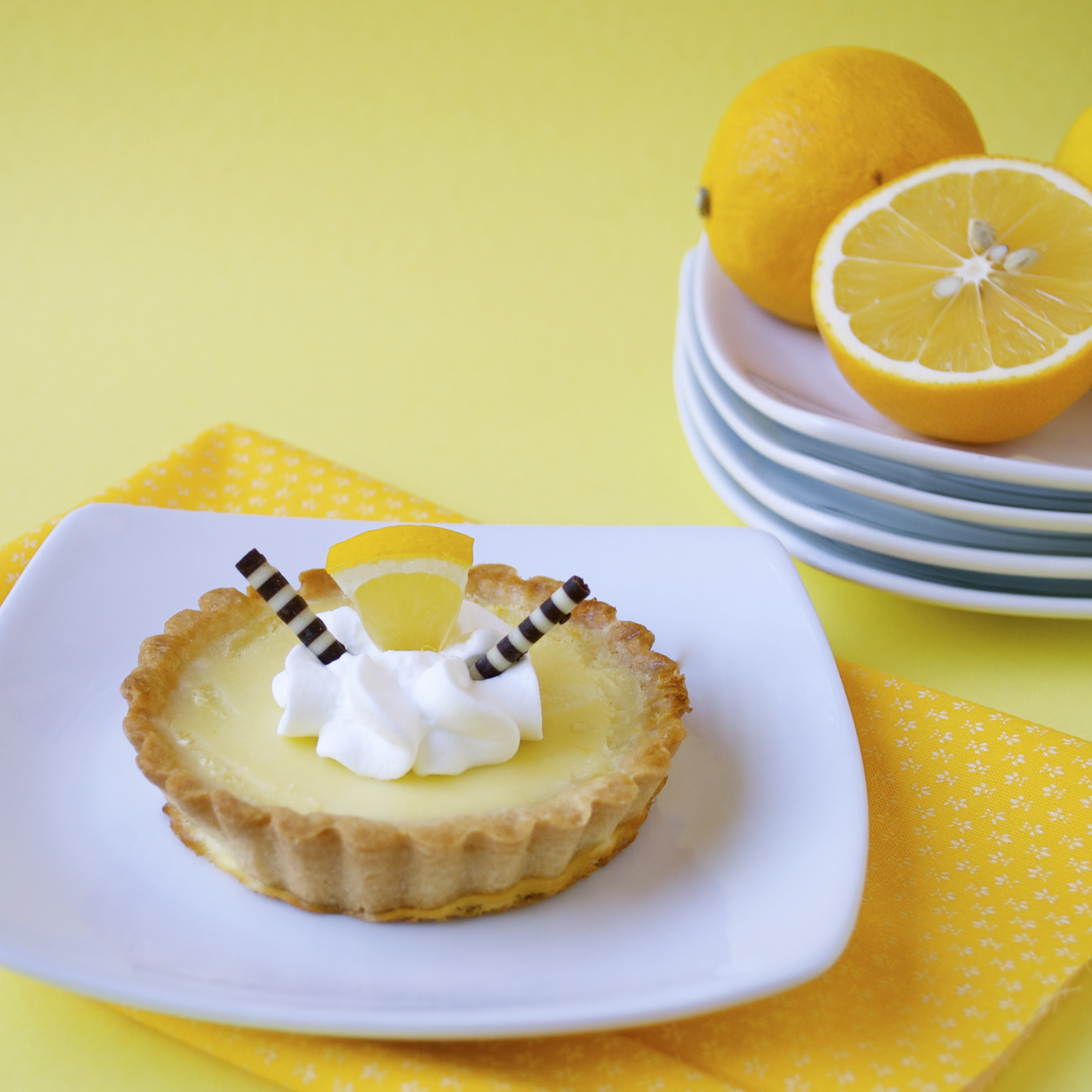 Mini Lemon Tarts - Mama's Gotta Bake