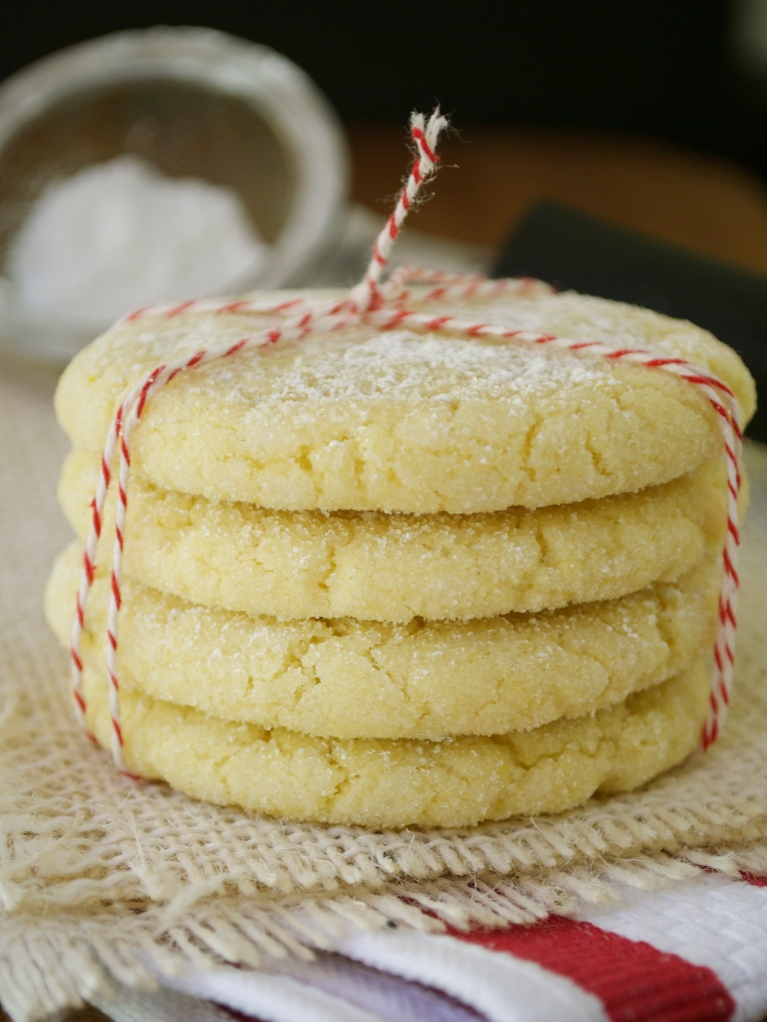 Olive Oil Cookies with Lemon and Thyme