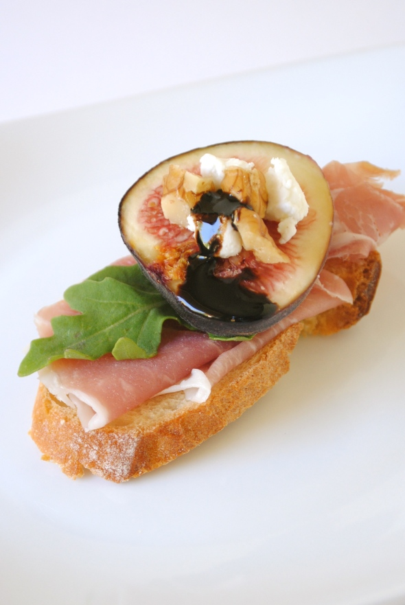 Fig & Prosciutto Crostini