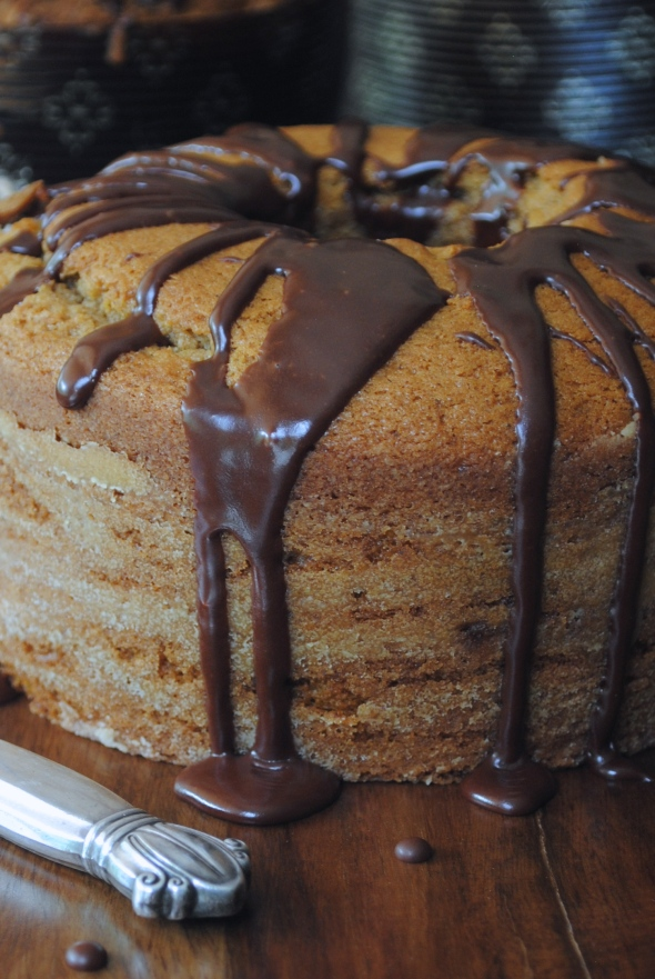 Pumpkin Streusel Cake with Chocolate Galze