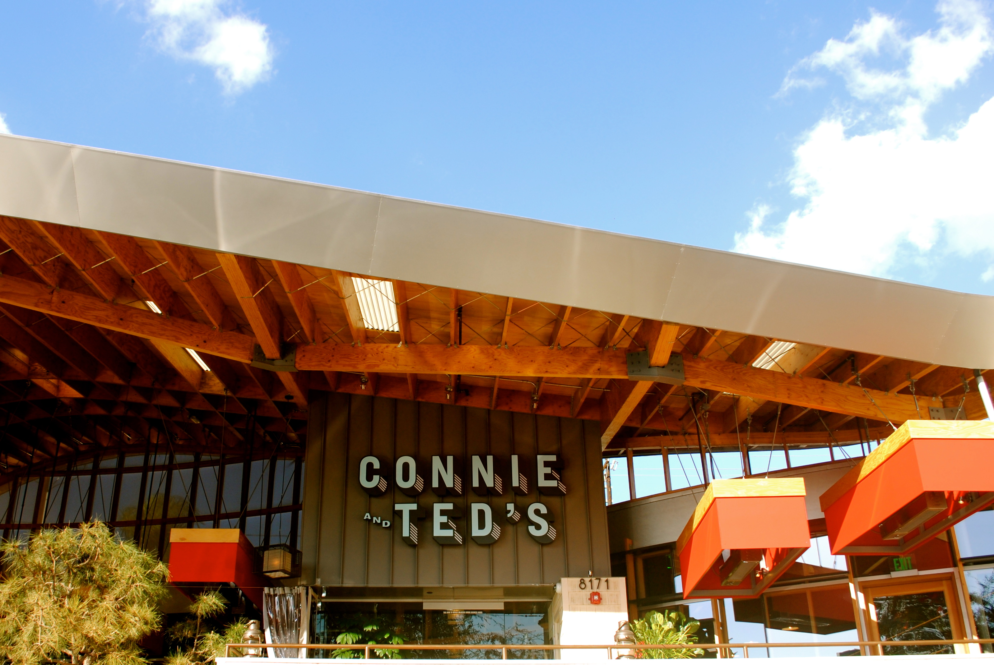 Connie & Ted's, West Hollywood