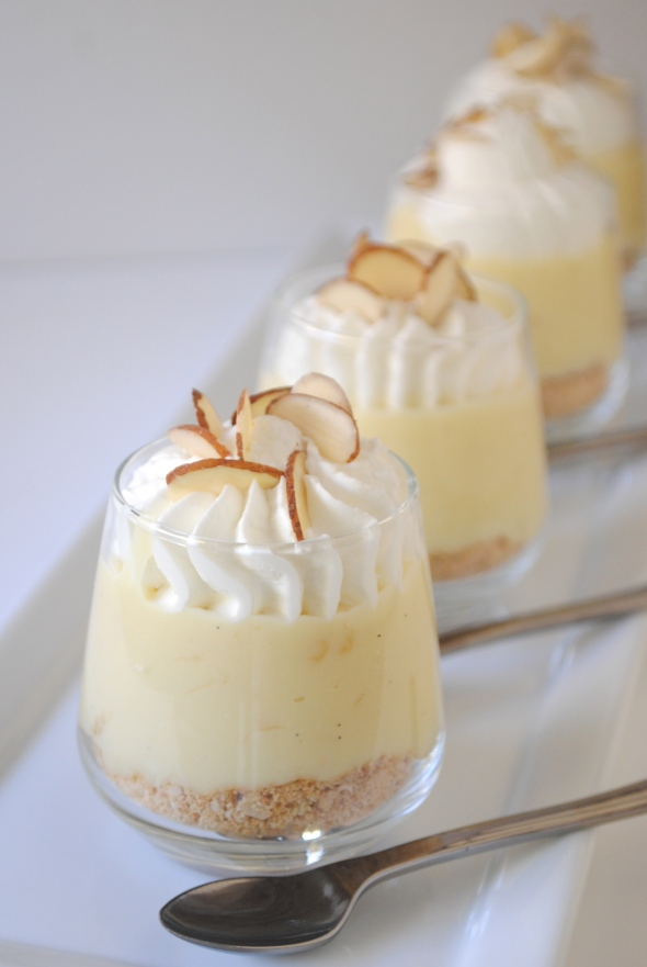 Banana Cream Pie Mini Shooters